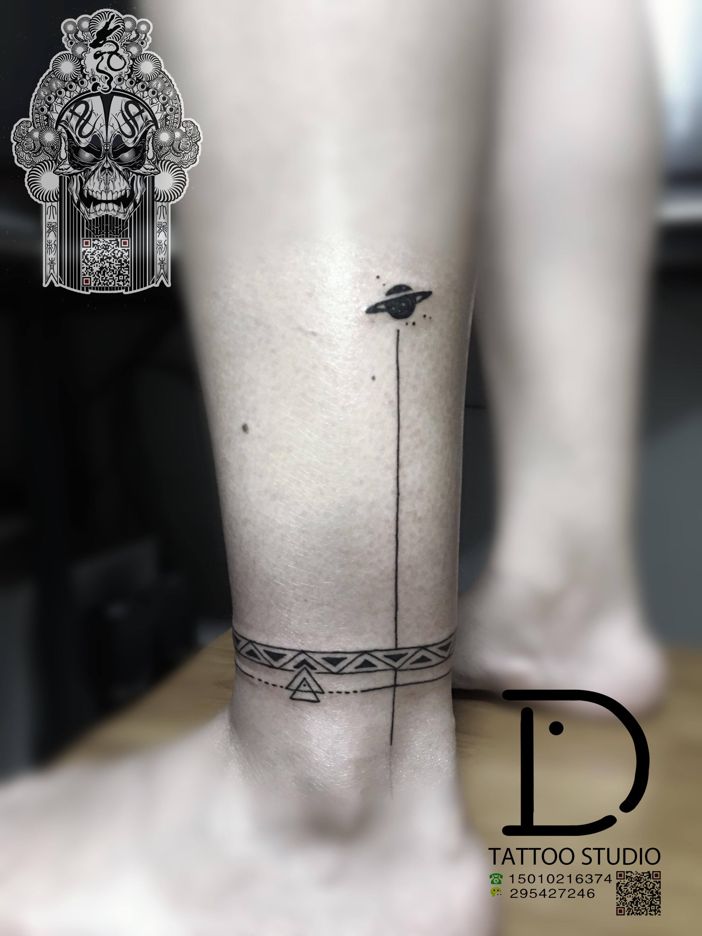 臂环纹身 几何臂环纹身 情侣臂环纹身图片