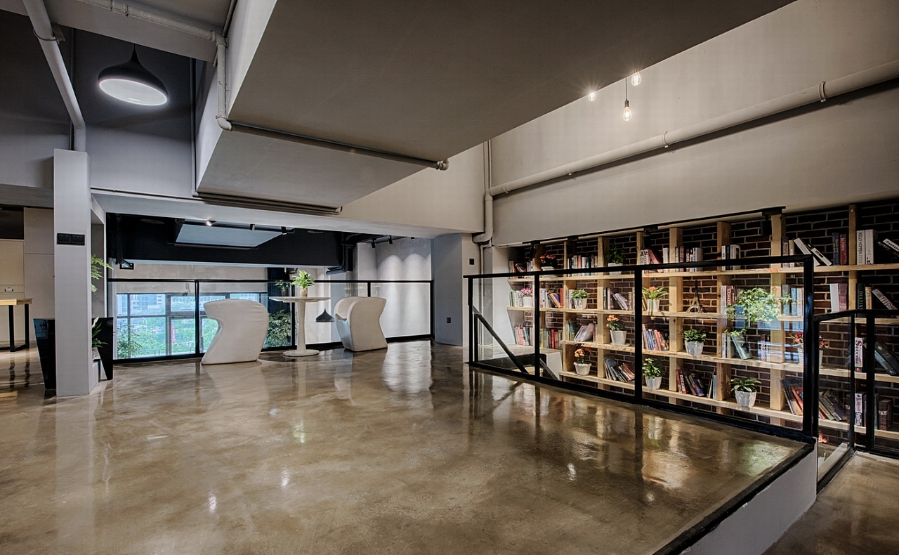 乾誉设计·刘熠作品·loft工业风办公室图片