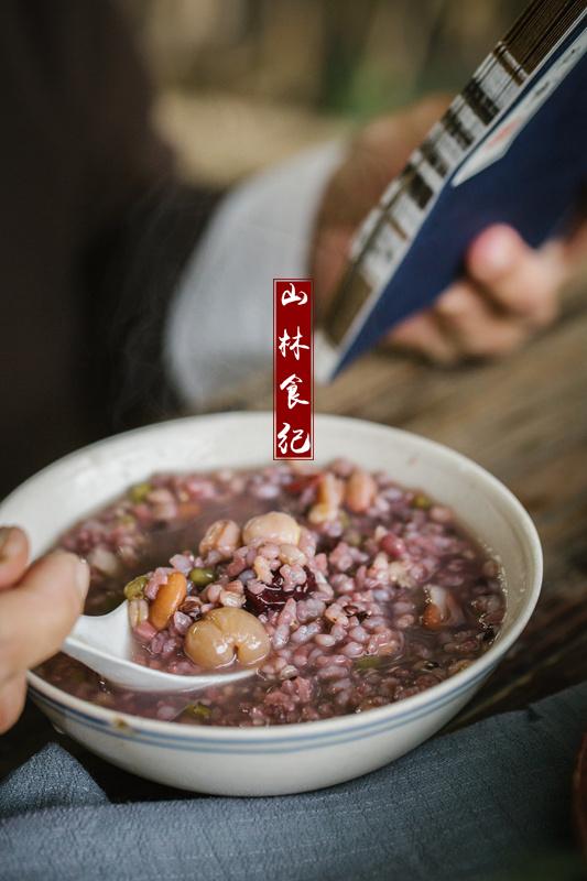 桂圆莲子八宝粥