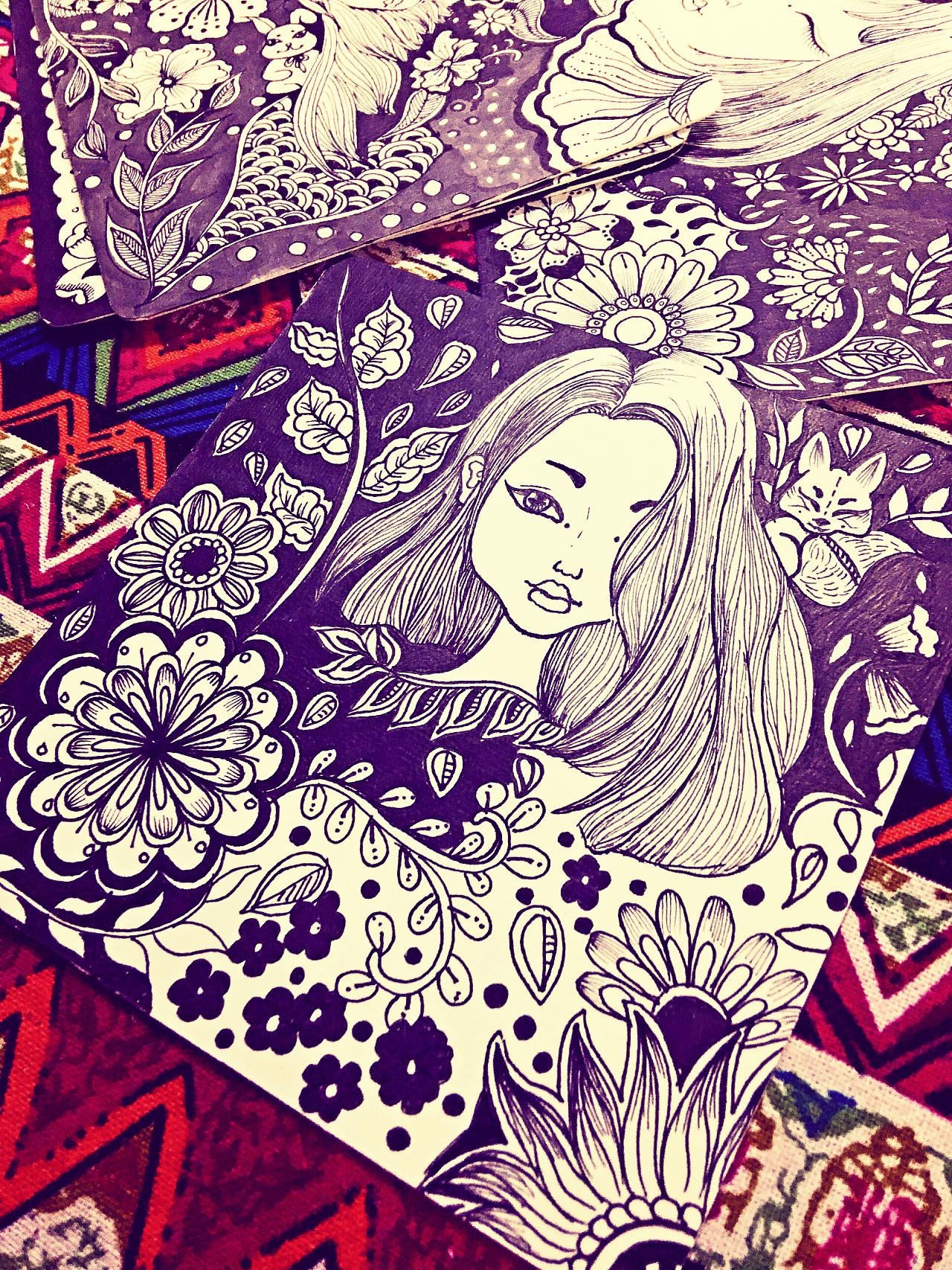 缠绕画,装饰画,手绘,插画,黑白装饰画,线描女孩