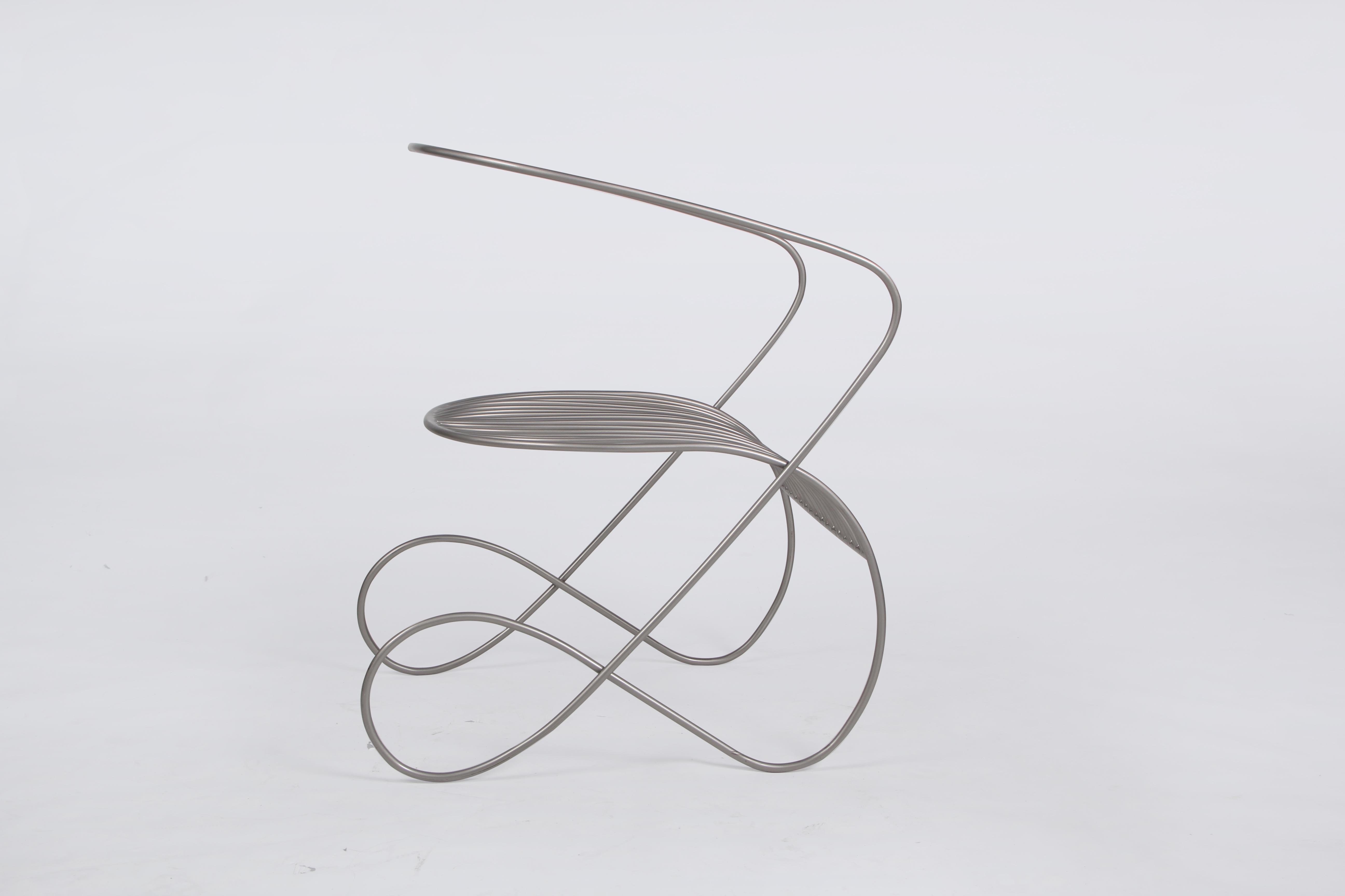 《flow chair》中国结元素图片