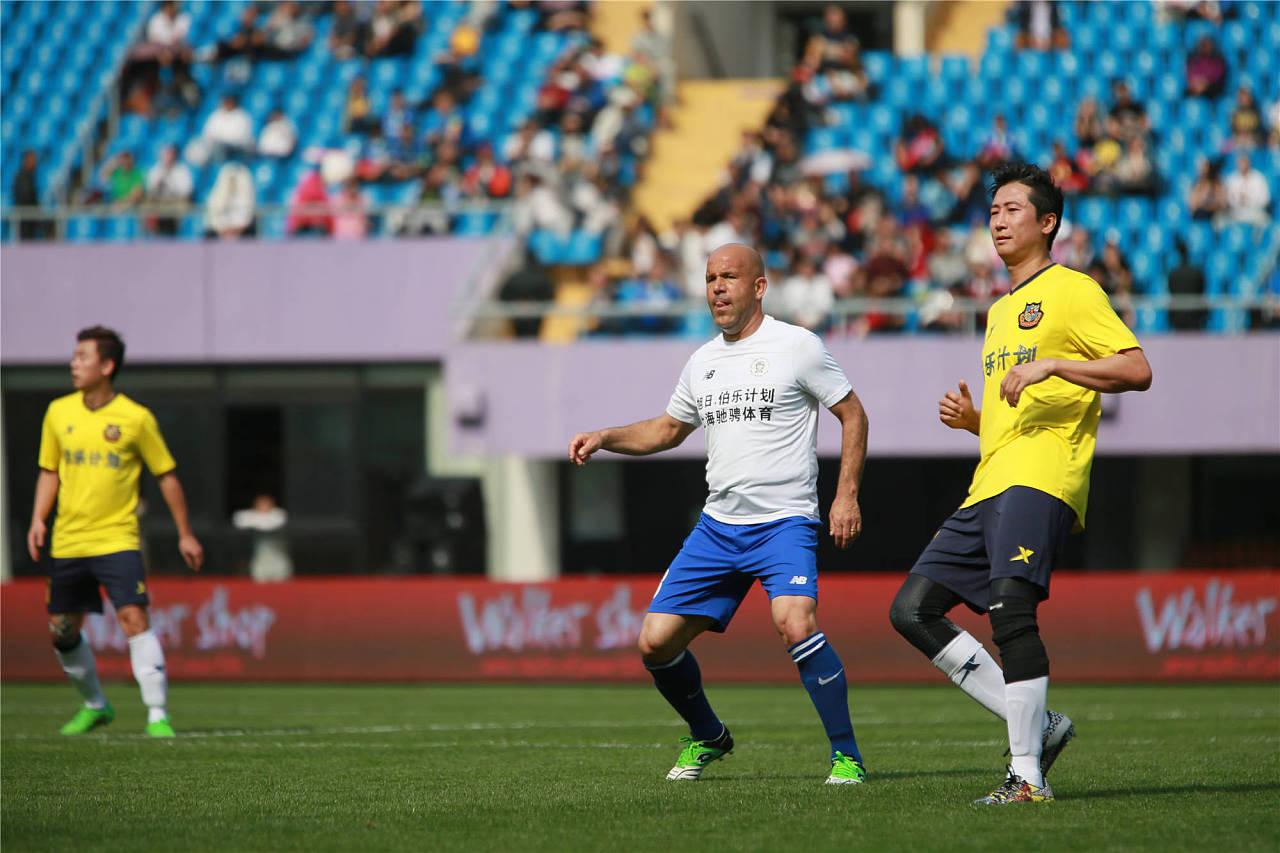 中国足球队vs马里队_2016欧冠全明星vs中国香港明星足球队友谊赛