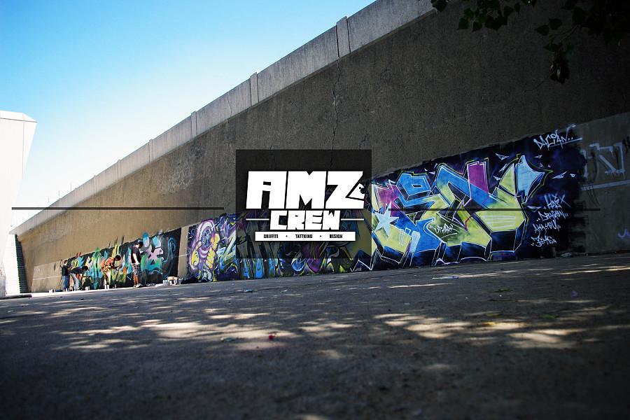 查看《AMZ crew近期涂鸦》原图,原图尺寸:3072x2048