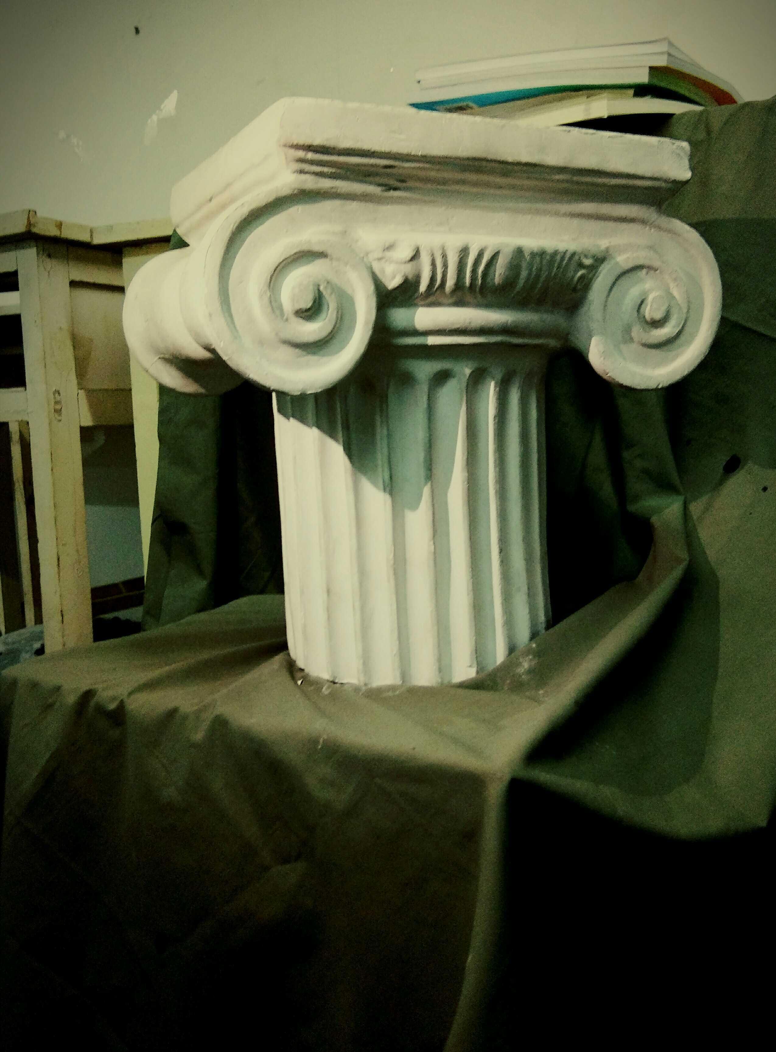 罗马柱头图片