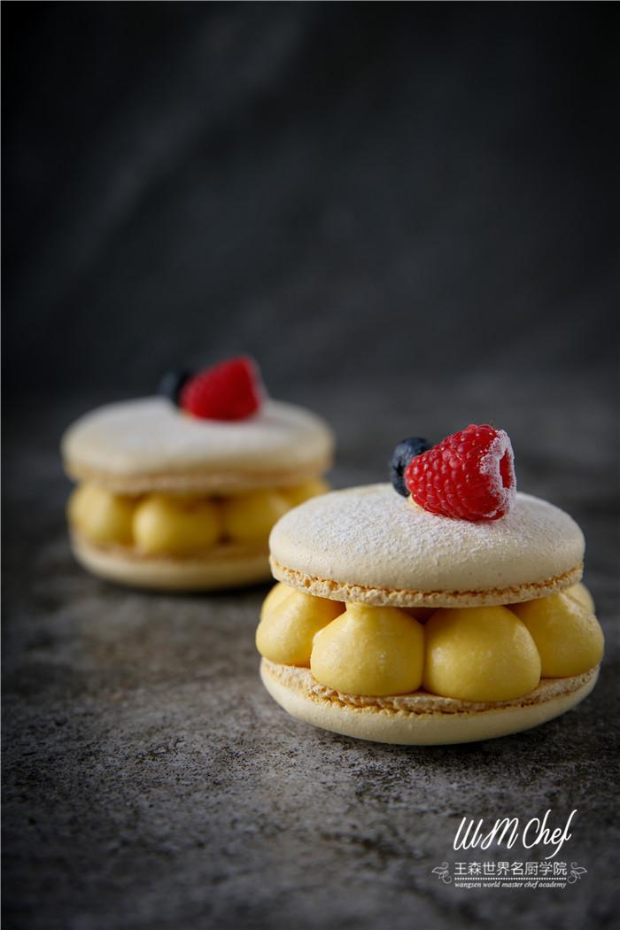 烘焙圈子 一个甜品师,用活了9个技巧拍出甜品,轰动了整个烘焙界