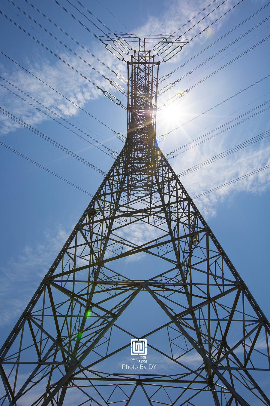 电杆与电塔