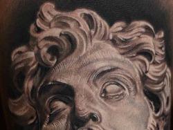 西安天予刺青写实作品:写实雕塑