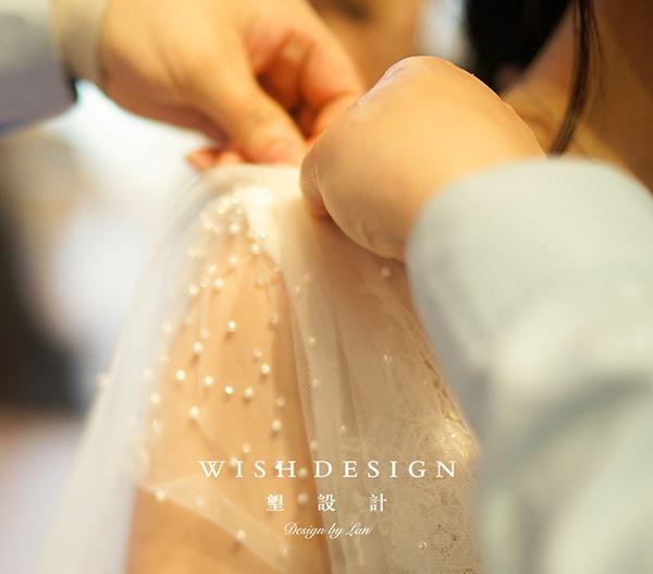 查看《Julievin 鱼尾A型两穿婚纱礼服》原图,原图尺寸:600x527