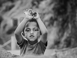 尼泊尔地震前见证者