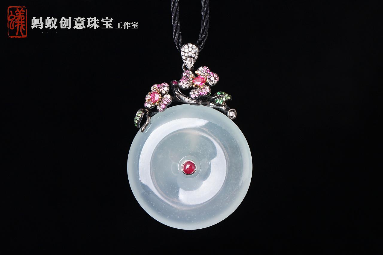 【蚂蚁创意珠宝工作室】翡翠平安扣《白月光》图片