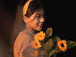 淡黄色长裙