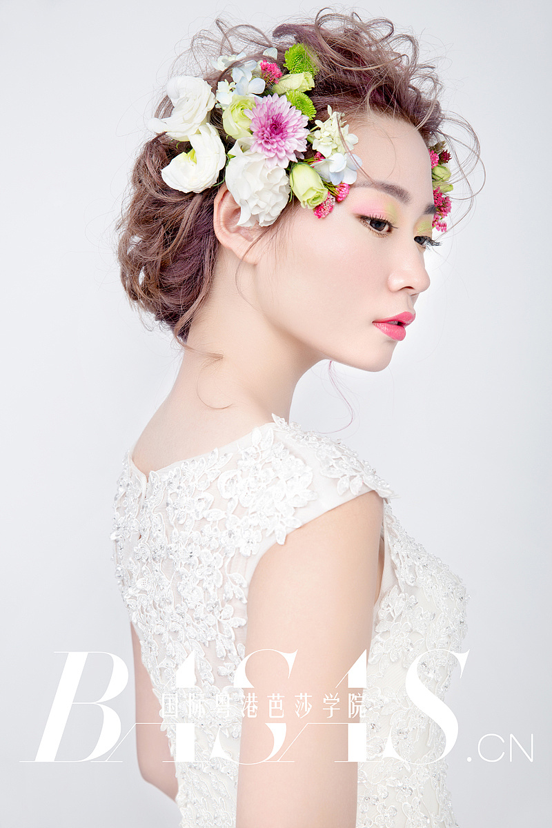 自然鲜花 新娘造型图片