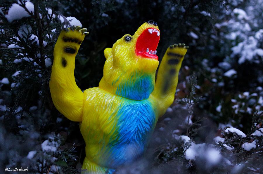 查看《玩具外拍 Rampage Kesagake 食人熊》原图,原图尺寸:4928x3264