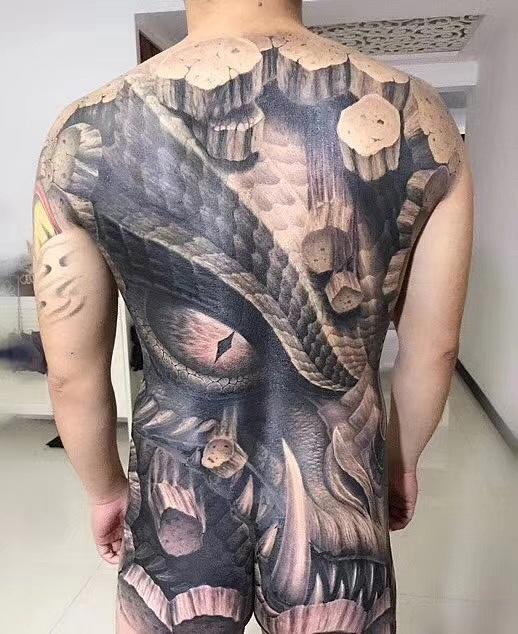东北虎纹身