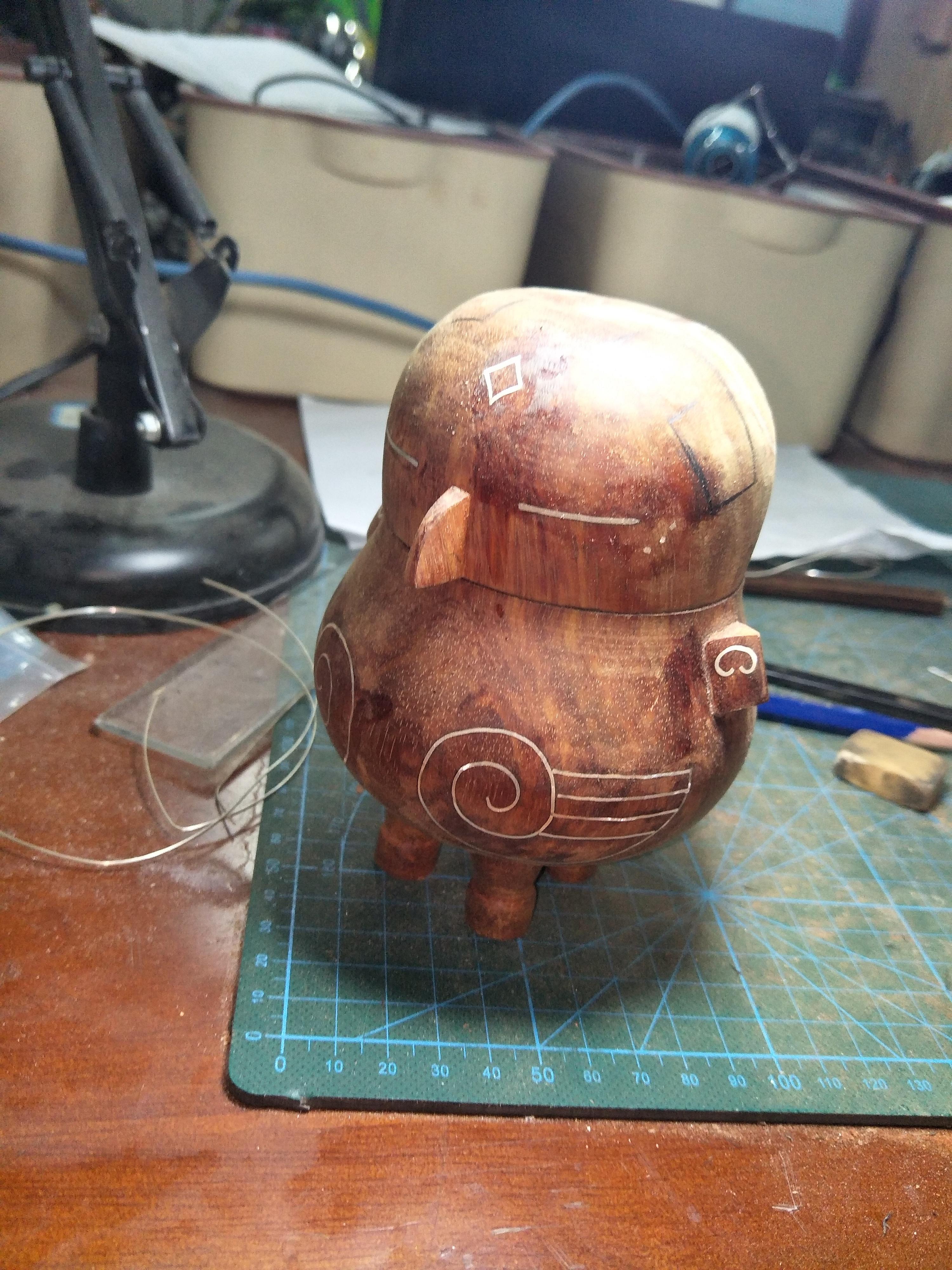 木工手工制作鸮卣大漆手工制作鸮卣以及一些过程图