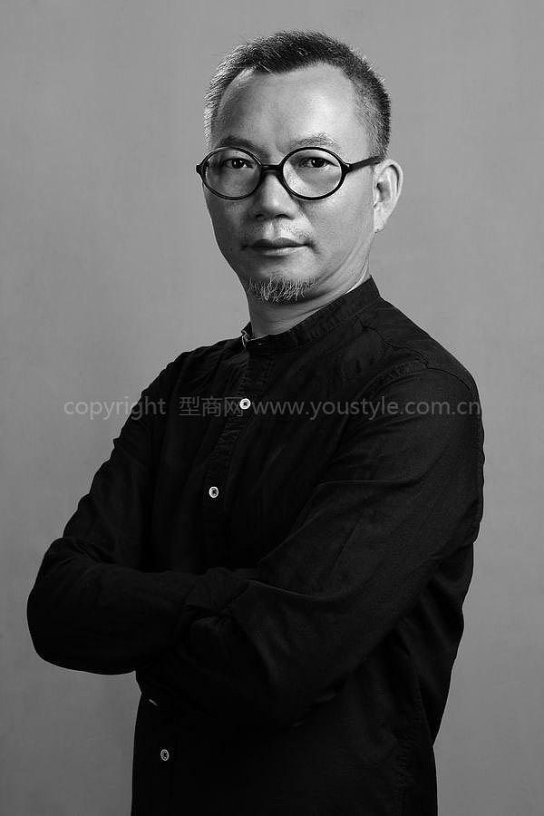 深圳某设计院设计师专家形象照拍摄过程分享图片
