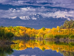 新疆克孜加尔湖