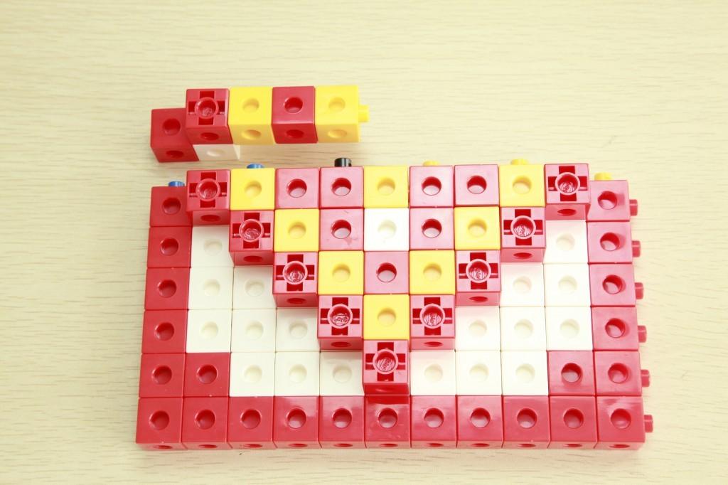 一款简单的玩具组装定格动画制作。