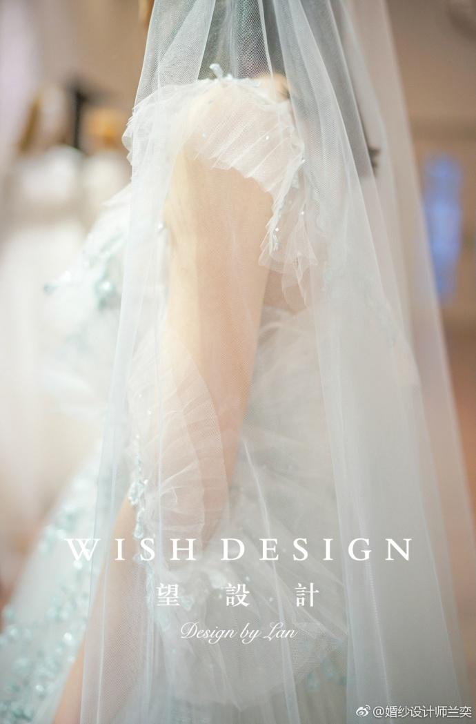 查看《莉吉雅新娘》原图,原图尺寸:690x1049