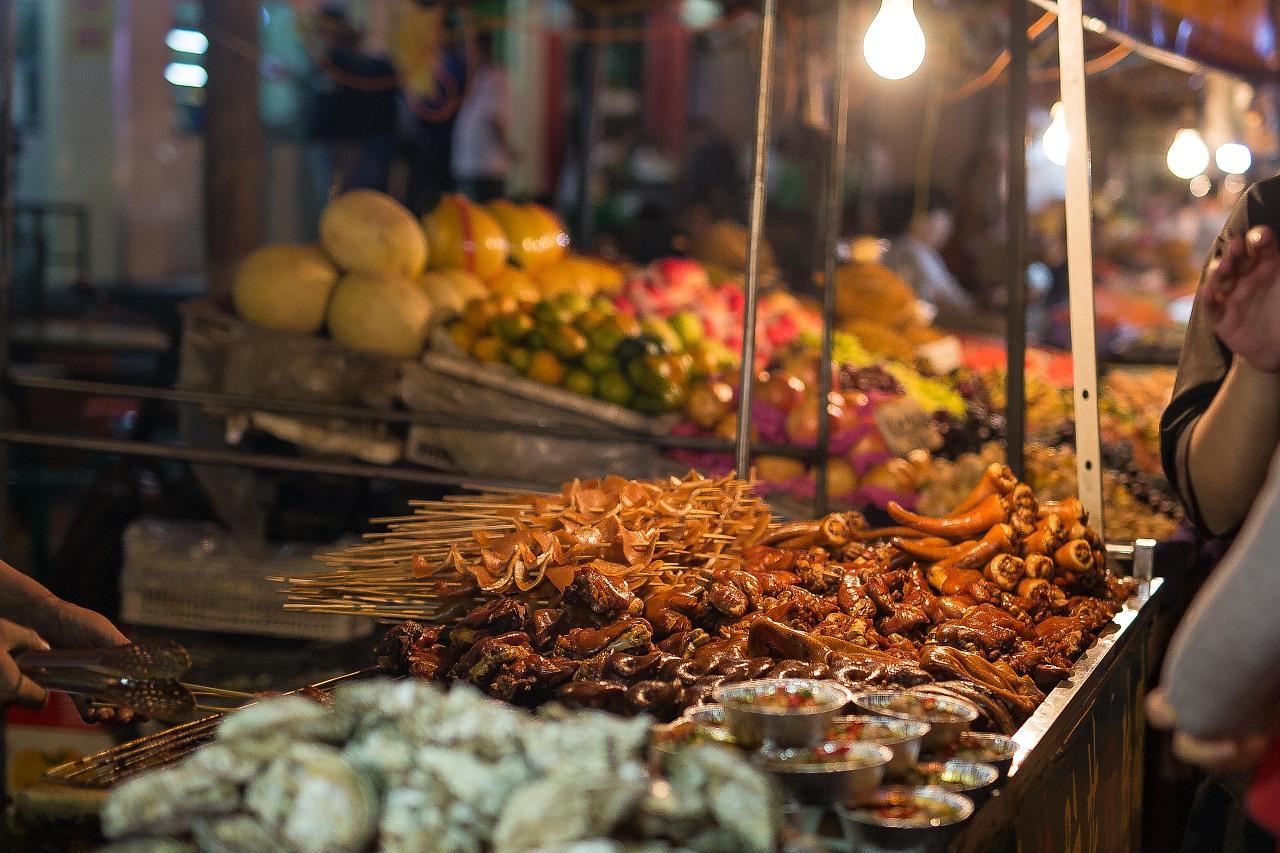 商业街图片_兰州印象-正宁路小吃街|摄影|产品摄影|映轩 - 原创作品 - 站酷 (ZCOOL)