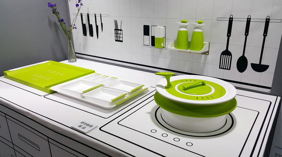 《触摸到爱的家具》乔忆南-清华大学深研院厨房一体床图片