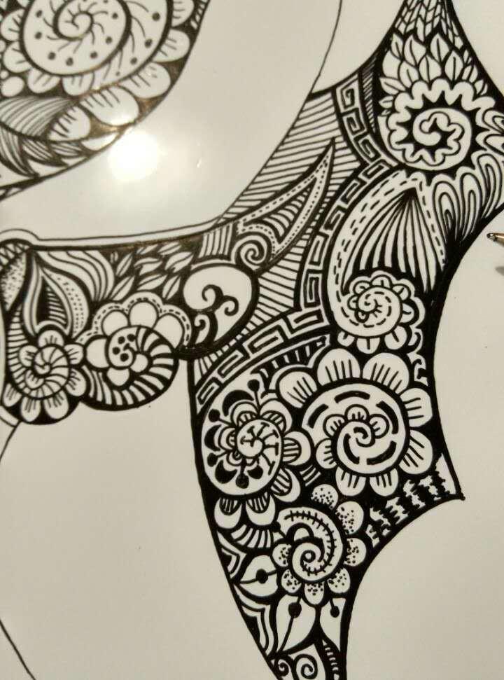 手绘黑白装饰画——海马