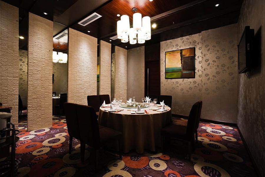 武汉酒楼装修设计效果图分享——武汉凤凰海鲜酒楼装修设计图片