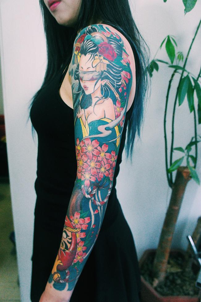 艺妓纹身花臂