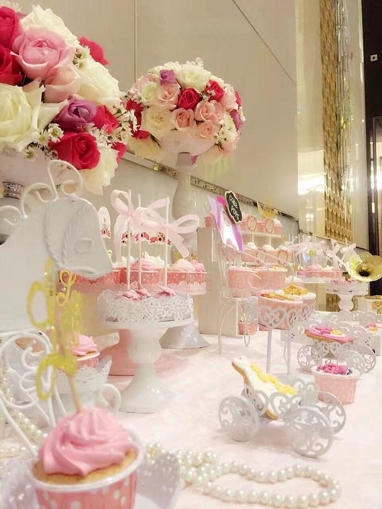 鲜花 桌花 前台花 签到台花 餐桌花 甜品台花 花门 椅背花 新年手捧花