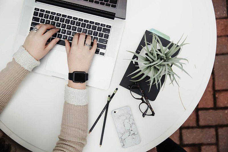 需要一个新的网站设计或应用程序,产品或服务的变化,新的品牌等.图片