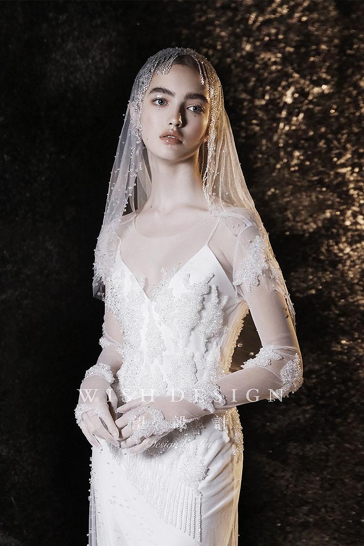 冰 服装 正装 礼服 婚纱设计师兰奕