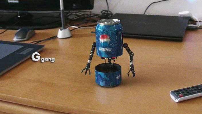 易拉罐小机器人.