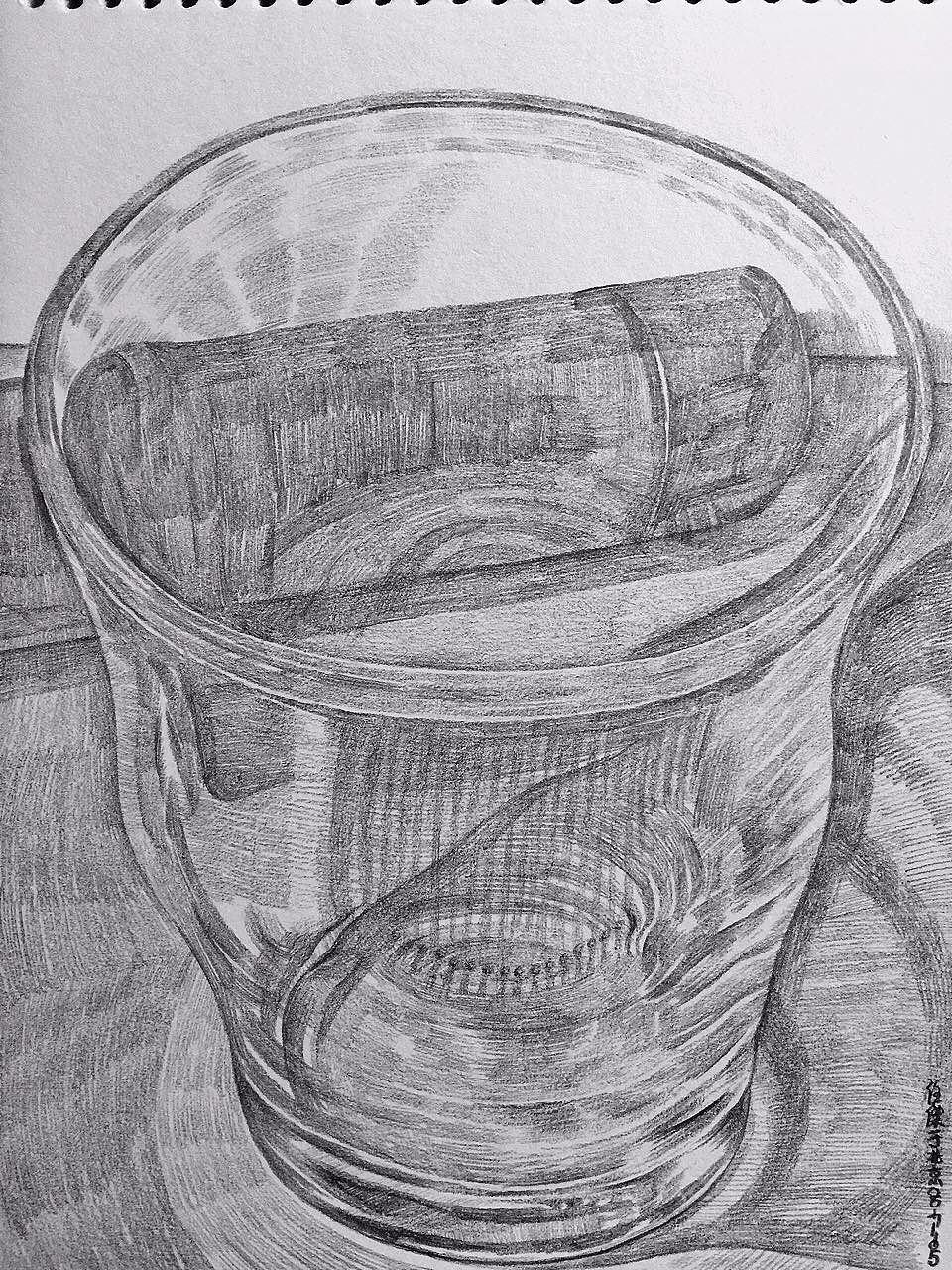 玻璃杯|纯艺术|素描|画自画像的人 - 原创作品 - 站酷图片