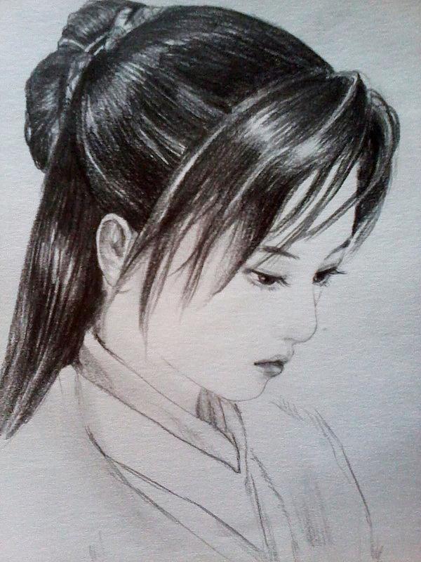 铅笔手绘古装女子