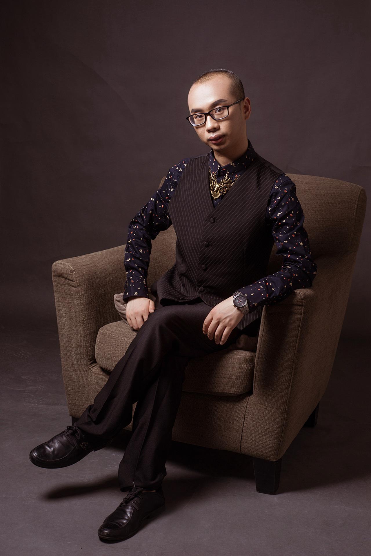 杨���$9i.y�)ycm_杨大侠:侠义高扬