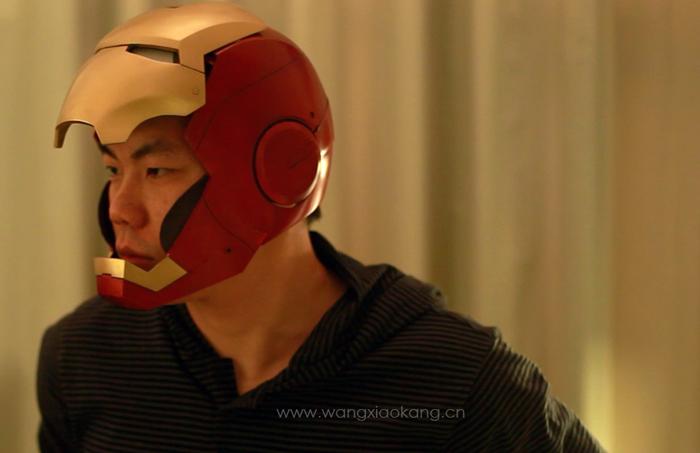 查看《自制IRONMAN钢铁侠MK3盔甲之自动开合头盔篇。》原图,原图尺寸:700x453