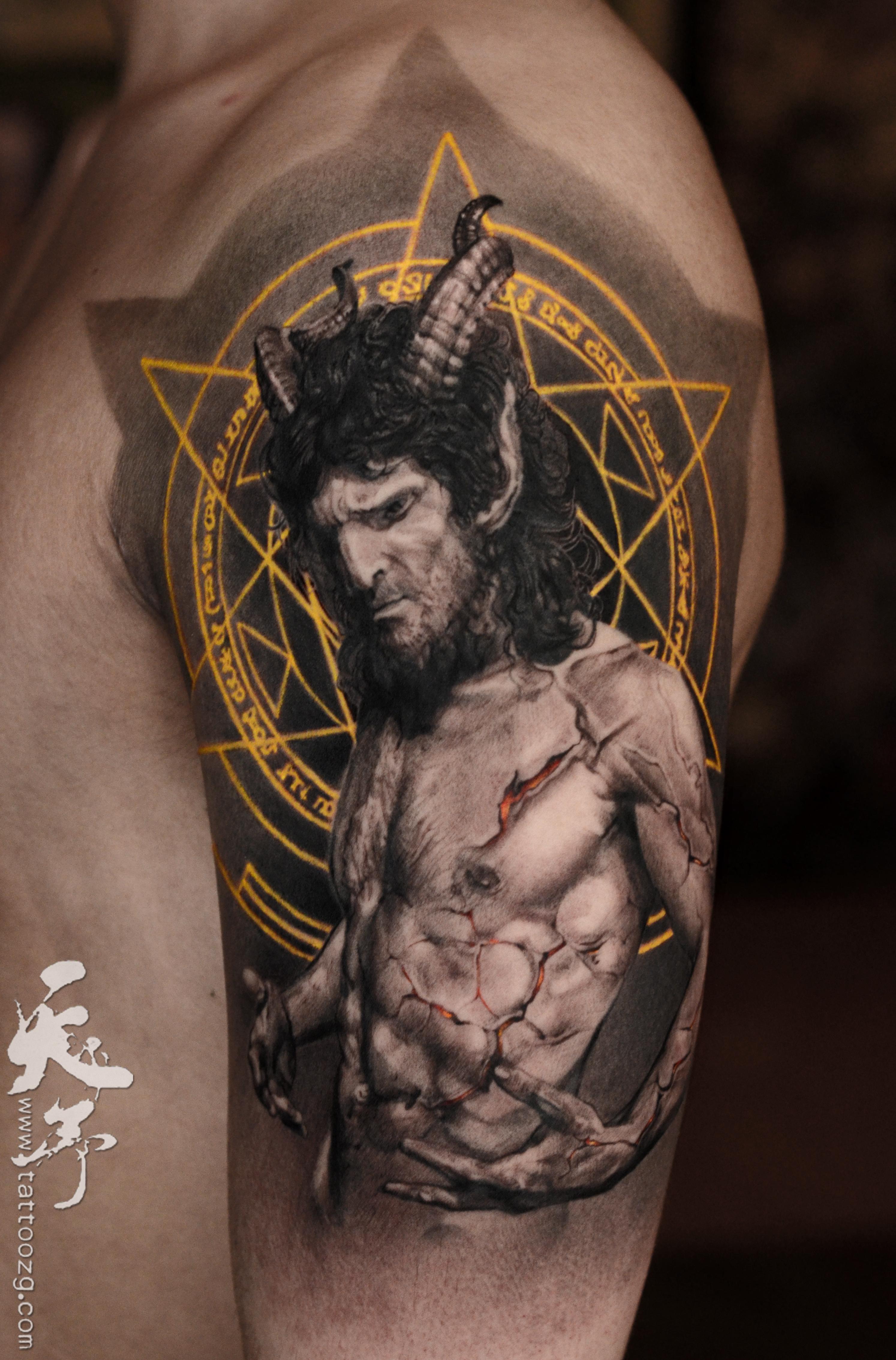天予刺青 高超 大臂外侧:恶魔撒旦