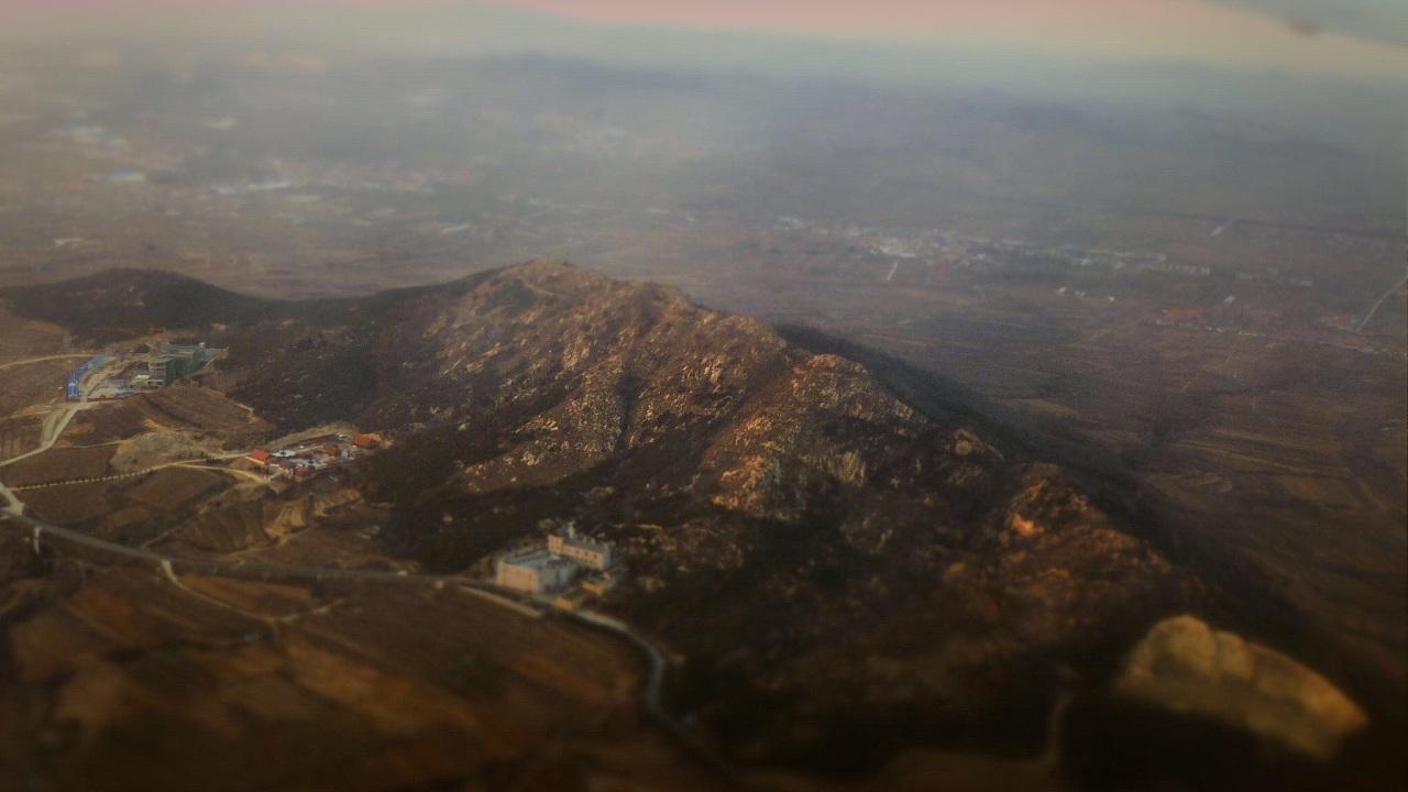 在去往烟台的飞机上,俯拍齐鲁大地