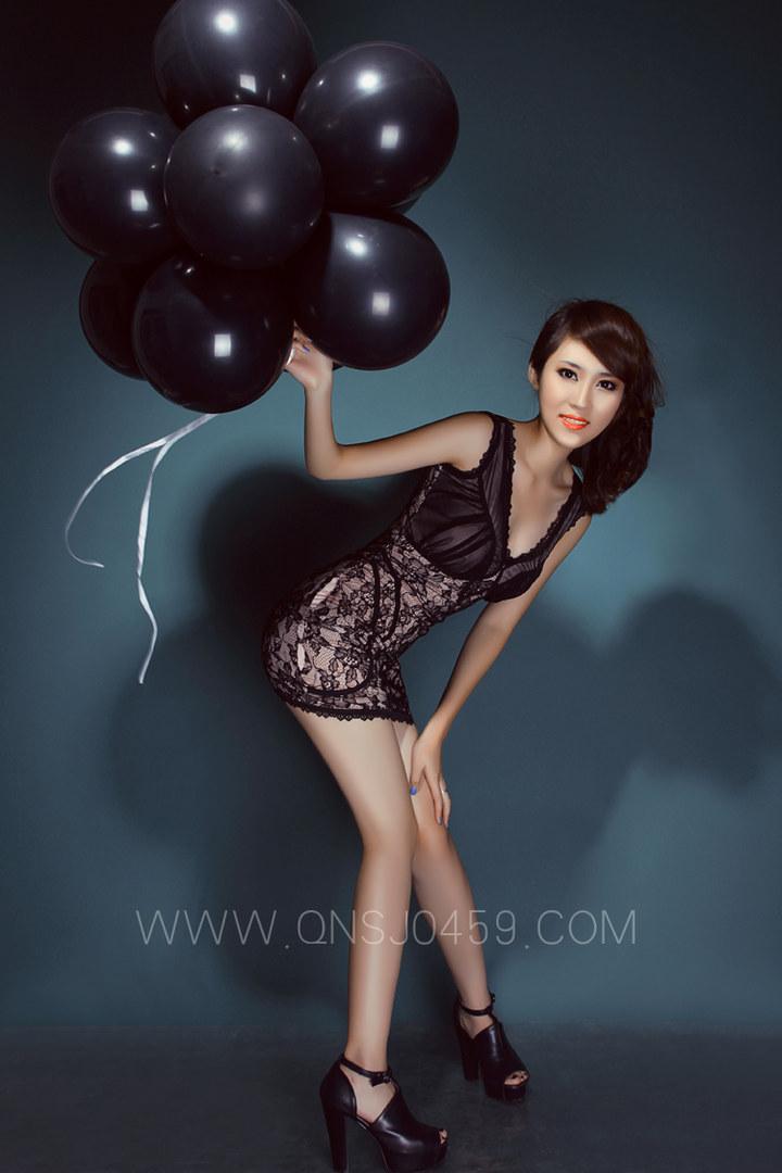 时尚气球美女 by大庆摄影工作室