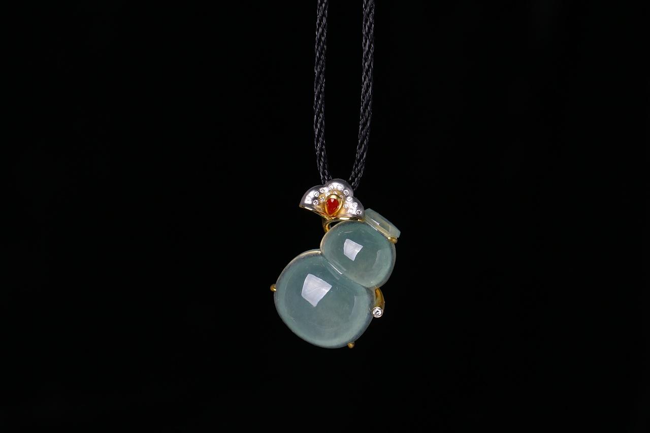 蚂蚁创意珠宝工作室----18k金镶钻翡翠葫芦图片