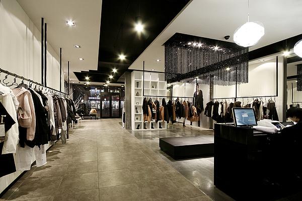 yxzd潮流服装店-成都潮流欧韩服装店装修效果图 成都欧韩服装店设计