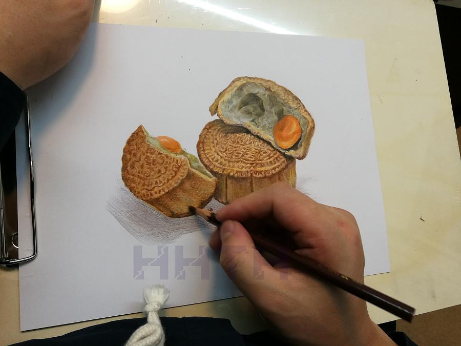 彩铅画-《月饼》