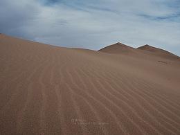 广漠杳无穷