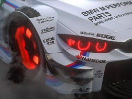 宝马M4 DTM赛车渲染