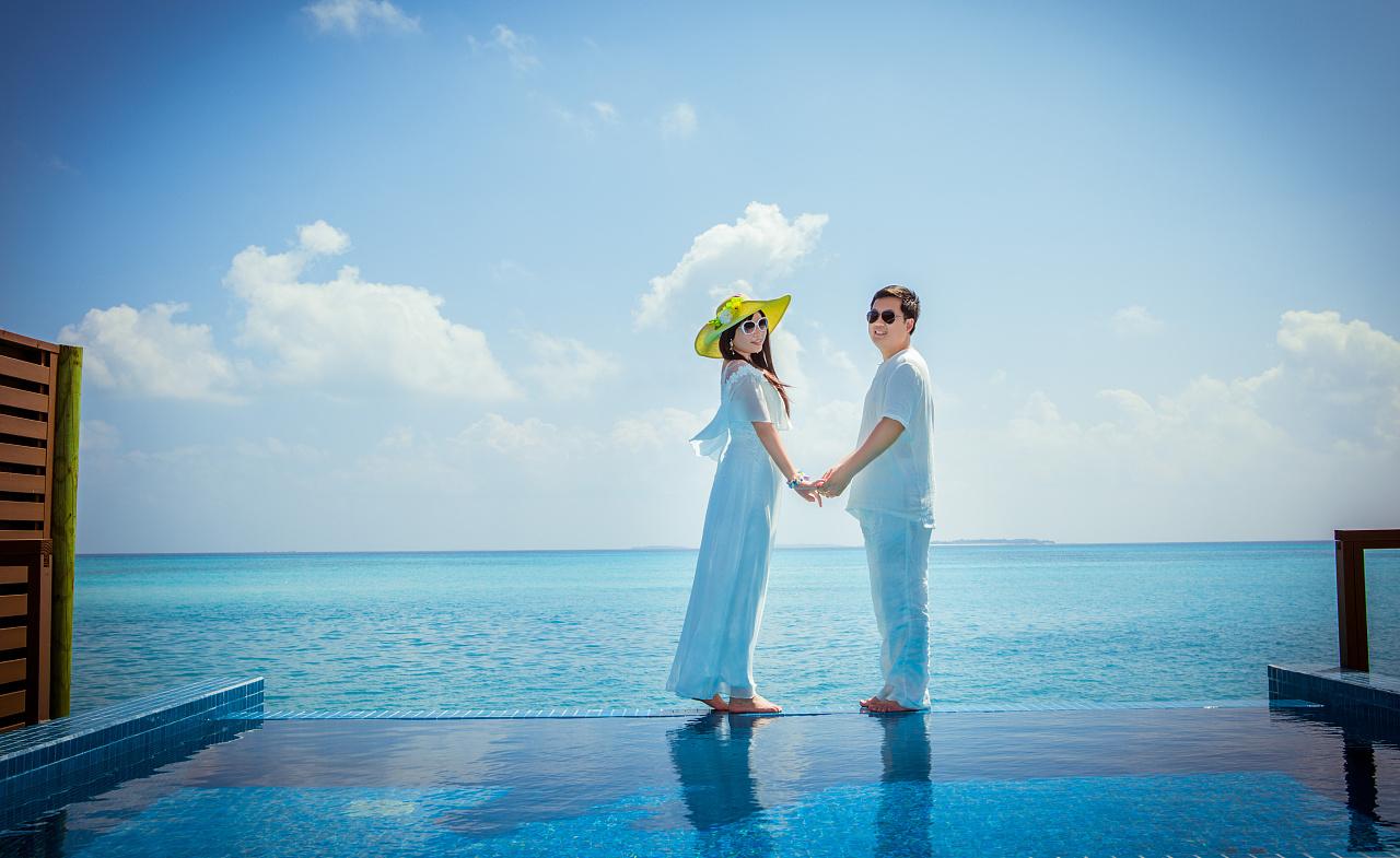 岛集体婚礼套餐结婚照艺术写真