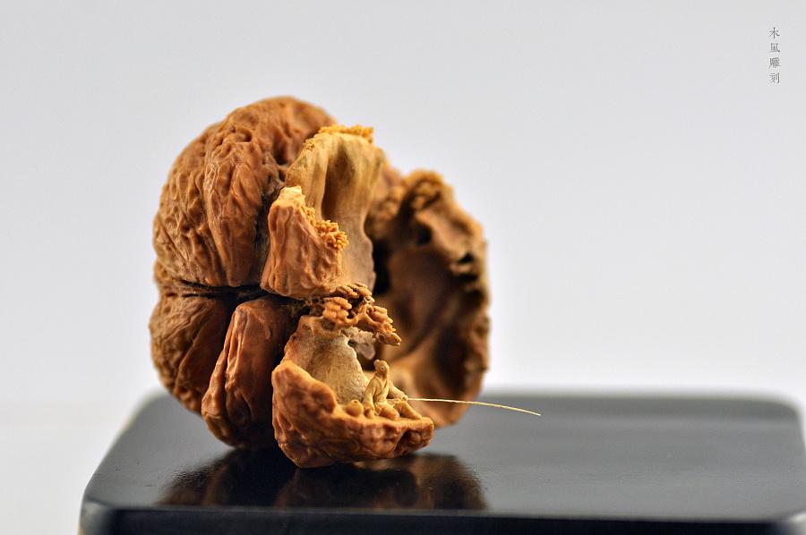 查看《木风核桃雕刻作品:【醉山水·秋水独钓】》原图,原图尺寸:4288x2848