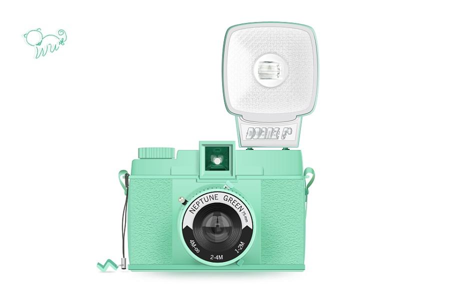 用LOMO相机拍的照片怎么传到网上啊