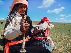 《青海藏族传统手工技艺》Tibetan Handicraft