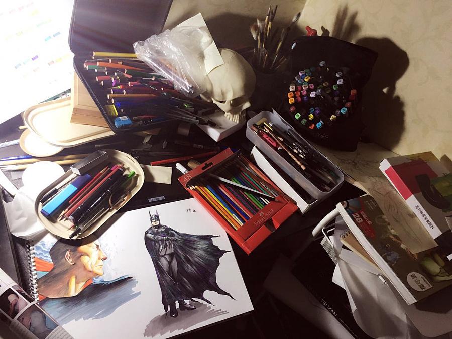 书桌手绘卡通图片