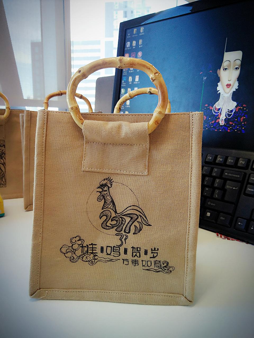 鸡年手绘手提袋
